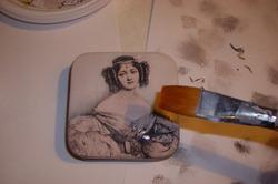 Как украсить старую шкатулку